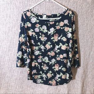 Navy blue Floral 3/4 sleeve blouse